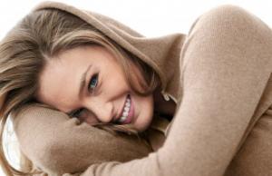 Le top model israélien Bar Rafaeli (photo :  simplysportsreport)