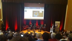 Au micro, Jean-Yves le Gall, président du CNES