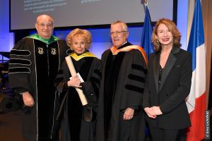 Professeur Peretz lavie, Président du Technion, Lily Safra, Présidente de la fondation Edmond J. Safra, Professeur Boaz Golany, Vice-President Vice-Présidentchargé desrelations extérieureset dudéveloppementdes ressources
