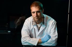 Prof. Eitan Okun, Institut plurisdisciplinaire Gonda pour la recherche sur le cerveau, Université Bar Ilan (crédits : Abigail Klein)