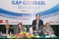 Au centre : Madame L'ambassadeur israélien Meirav Eilon Shahar et vice-ministre vietnamien des Affaires étrangères (AE), Lê Hoài Trung (debout)