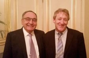 A g., Zeev Rotstein, ancien patron de Sheba, à d. Amitai Ziv, directeur de l'unité de Simulation médicale (Sheba) lors du gala Sheba à Paris (photo Israel Science Info)