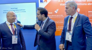 de g. à d. : Hanan Friedman CEO de Trucknet ; Mounir Mahjoubi, Secrétaire d'État auprès du Premier ministre, chargé du Numérique ; Pascal Cagni Président de Business France