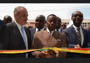 Le ministre de l'Enseignement Supérieur Jacques Fame Ndongo inaugure le centre 3D