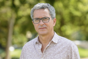 Professeur Victor Malka